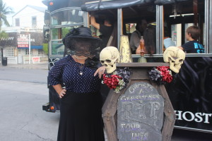 Our Key West Ghosts & Gravestones tour guide (Photo: Nance Carter)
