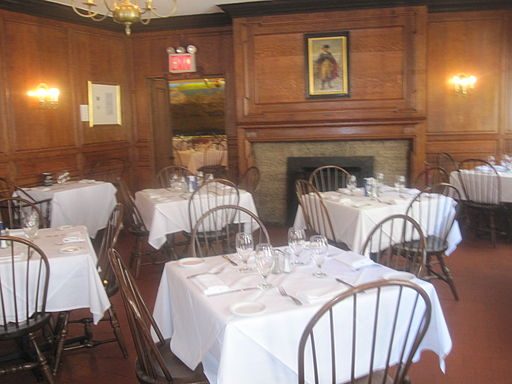 Fraunces Tavern dining room